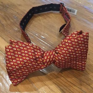 NEW Men's Vineyard Vines Bow Tie
